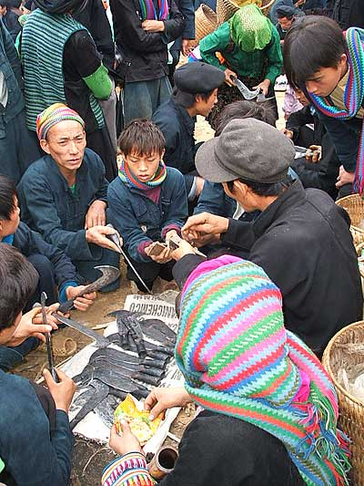 Lung Phin Market