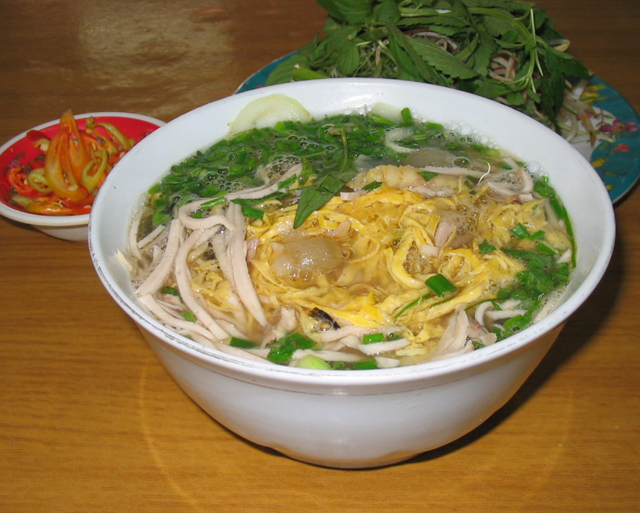 6 typical rice vermicelli in Hanoi
