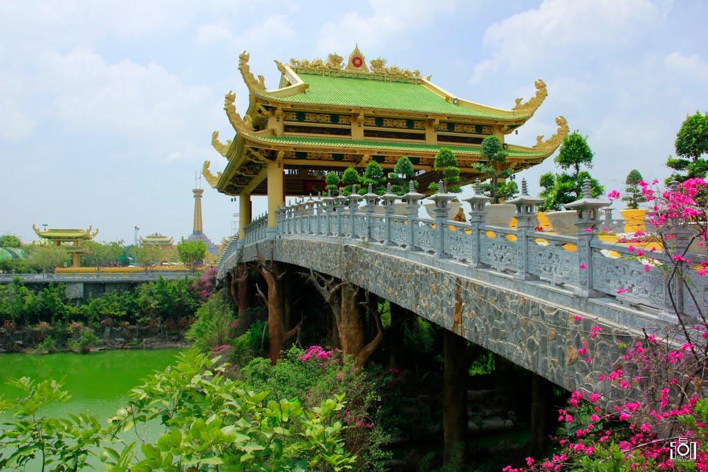 Dai Nam Van Hien Wonderland