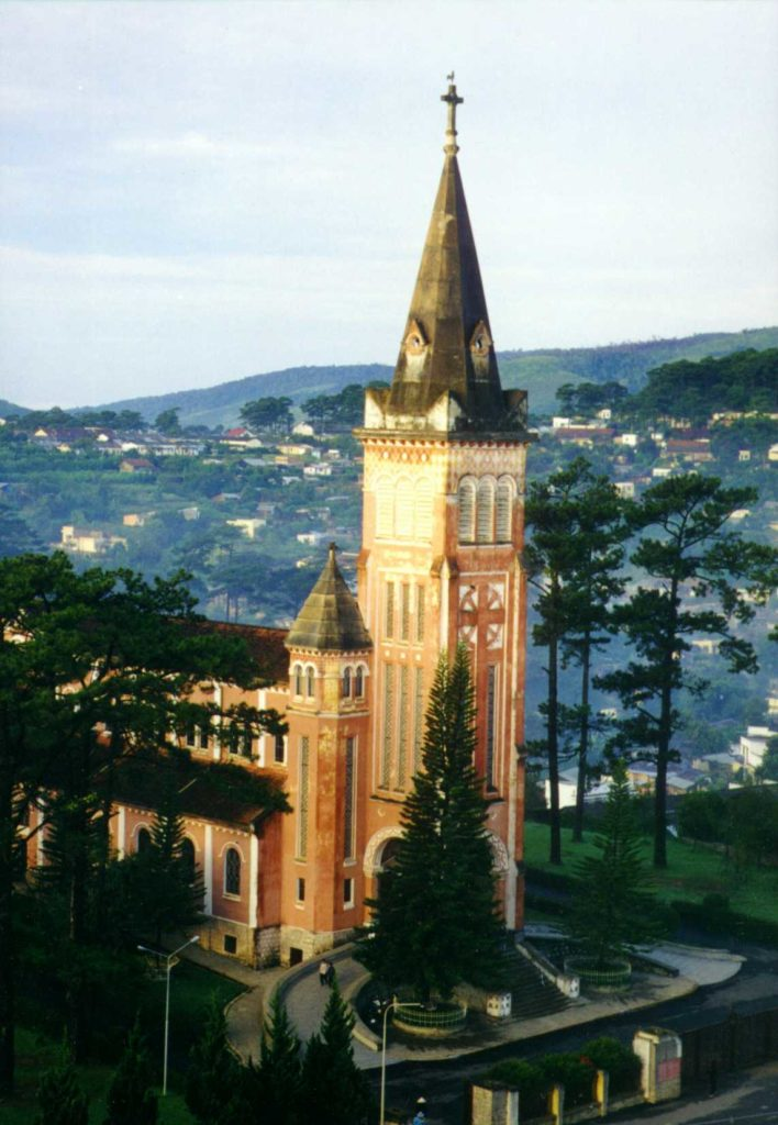 Top 5 must-see architectures in Da Lat City